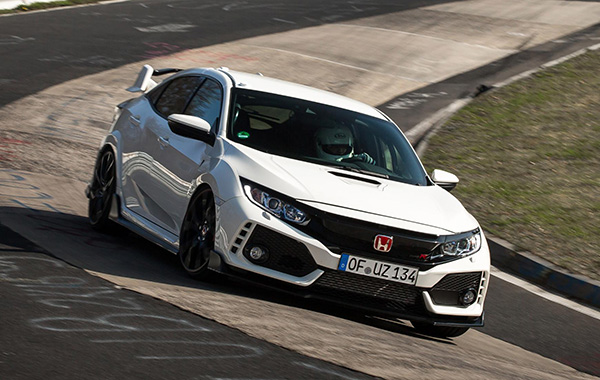 Watch the new Honda Civic Type R go round the Nüburgring in a record-breaking 7 minutes 43.8 seconds