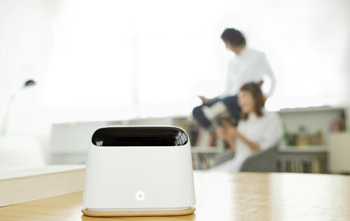 The updated Ambi Climate smart aircon control device uses AI and deep learning to determine the ideal room temperature