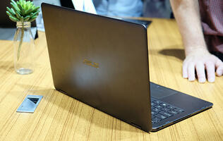 Hands-on with the ASUS ZenBook Flip S: Probably the thinnest convertible you can buy