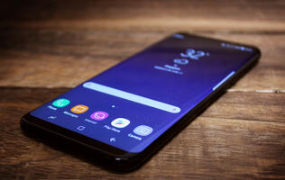 Samsung might be working on a news app with podcasts and Bixby Voice