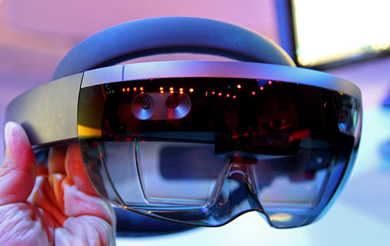 The next HoloLens will get a dedicated AI coprocessor