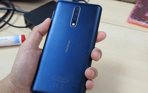 Hands-on: Nokia 8, Nokia's first flagship Android smartphone