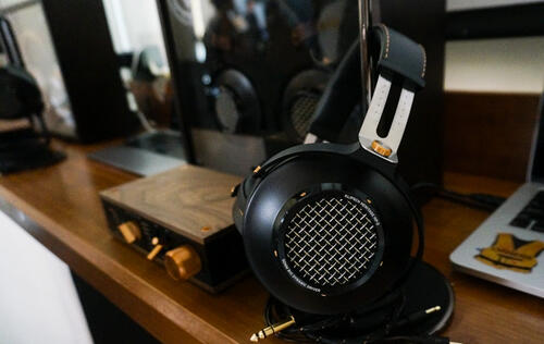 Hands-on with Klipsch's latest flagship headphones - the Heritage HP-3
