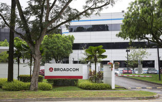 Broadcom bids US$105 billion for Qualcomm