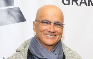 Jimmy Iovine is not leaving Apple