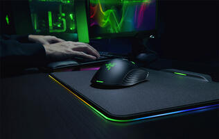 Razer's new Mamba HyperFlux has no battery and is powered completely wirelessly