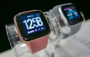 Fitbit's latest smartwatch, the Versa, arrives in Singapore