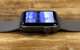 Apple to adopt touch-sensitive, solid-state buttons for the Apple Watch?
