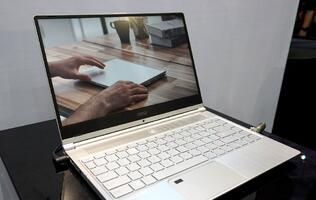 In pictures: MSI's classy looking 14-inch ultraportable ticks the right check boxes