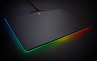 Gigabyte's Aorus P7 RGB Fusion joins the crowd of RGB mouse mats