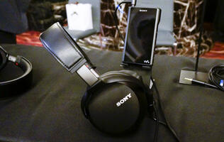 The MDR-Z7M2 premium headphones: An evolution of the Sony sound