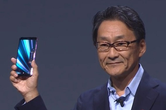 Sony announces its first OLED smartphone, the Xperia XZ3
