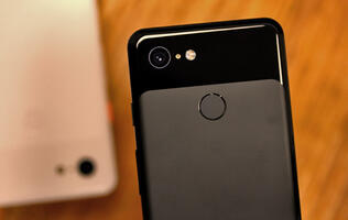 This is how Google's Titan M security chip on the Pixel 3 works