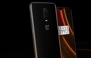 The OnePlus 6T McLaren Edition comes with 10GB RAM and faster wired charging tech
