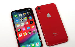 Prominent analyst cuts sales forecast for iPhone XR in 2019