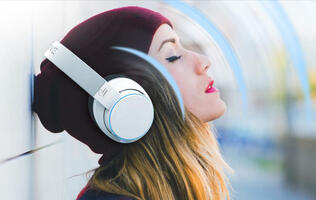 Creative's SXFI Air wireless headphones are finally available for pre-order! *updated*