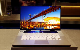 Samsung unveils a 15.6-inch 4K OLED panel for laptops