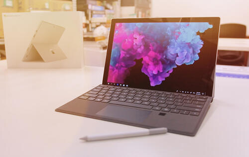 Microsoft Surface Pro 6: Unboxing x First impressions