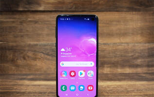 Samsung Galaxy S10e review: The best of the bunch?