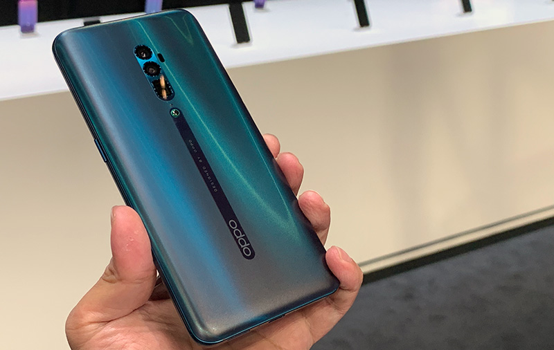 Hands-on with the Oppo Reno 10x Zoom and Reno Standard Edition (Updated)