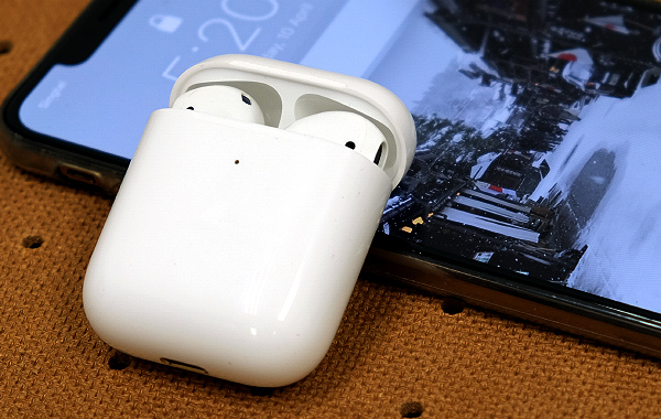 Apple AirPods (2019) review