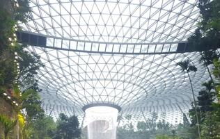 Jewel Changi Airport: A geek's perspective in pictures