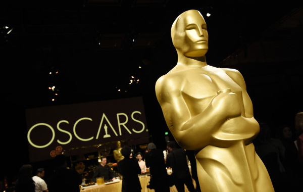 Apple wants its streaming service to compete for the Oscars