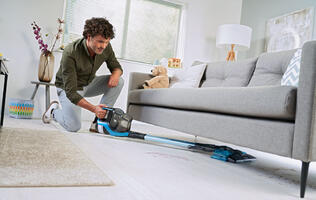 Vacuum and Mop simultaneously with the Philips SpeedPro Max Aqua