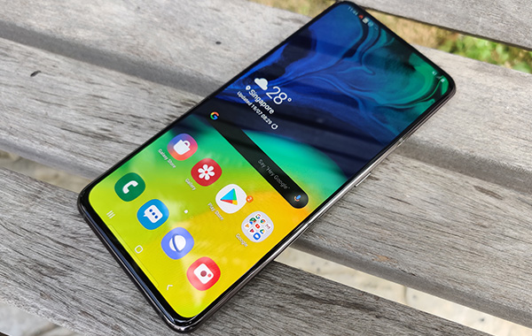Software & Performance : Samsung Galaxy A80 review: You spin