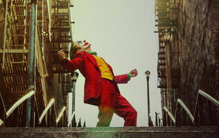 Check out the final trailer for Joker