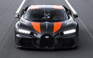 Watch a modified Bugatti Chiron break the 300mph barrier