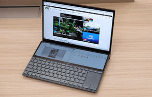 ASUS ZenBook Duo UX481 review: Can dual displays work in a smaller package?