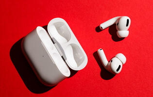 "Apple said to be working on ""AirPods Pro Lite"" headphones"