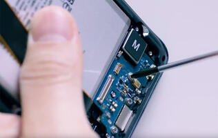 Here's what the Galaxy S20 Ultra looks like on the inside