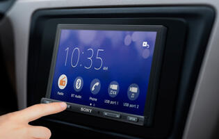 Sony introduces new 6.95-inch in-car receivers with WebLink and Bluetooth capabilities