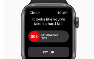 Apple Watch's fall detection feature alerted 911 after user fainted