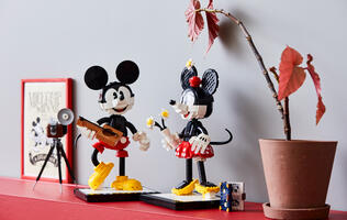 LEGO is releasing an adorably retro Mickey and Minnie Mouse set