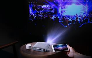 Canon launches new portable projector not under their Rayo line