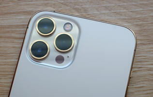 Tests show big jumps in image quality from iPhone 12 Pro Max's larger sensor if you shoot in RAW