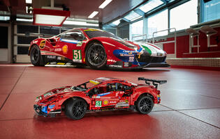 "LEGO has revealed a Ferrari 488 GTE ""AF Corse #51"" set for 2021"