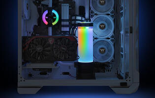 Thermaltake's Pacific PR32-D5 Plus reservoir and pump combo are decked out in RGB lighting