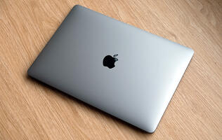 A thinner, lighter MacBook Air with MagSafe may launch later this year
