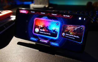 Review: The ROG Phone 5 is still an overpowered gaming phone and that's a good thing (Part I)