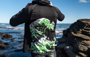 Razer's new Kanagawa Wave Apparel Collection continues their #GoGreenWithRazer initiative
