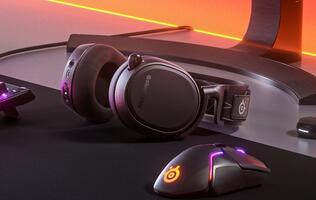SteelSeries Arctis 9 Review: This clean-cut wireless headset delivers a mean punch