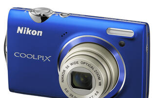 Nikon Introduces Two New COOLPIX Models & Image Editing Software