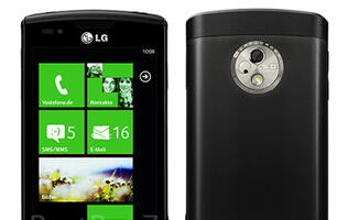 LG's Windows Phone 7 Official Images Leaked, Named LG E900