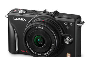 Panasonic Lumix GF2 Review - A Compact Micro Four Thirds